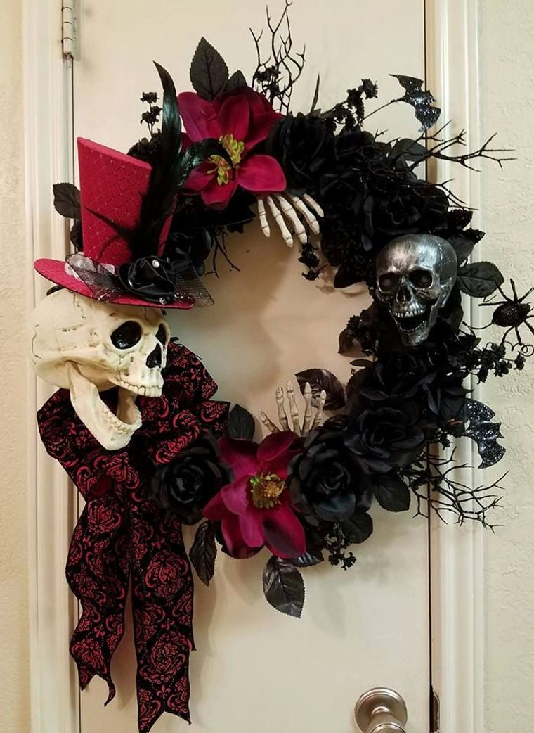 Red and Black Halloween Decorations Ideas