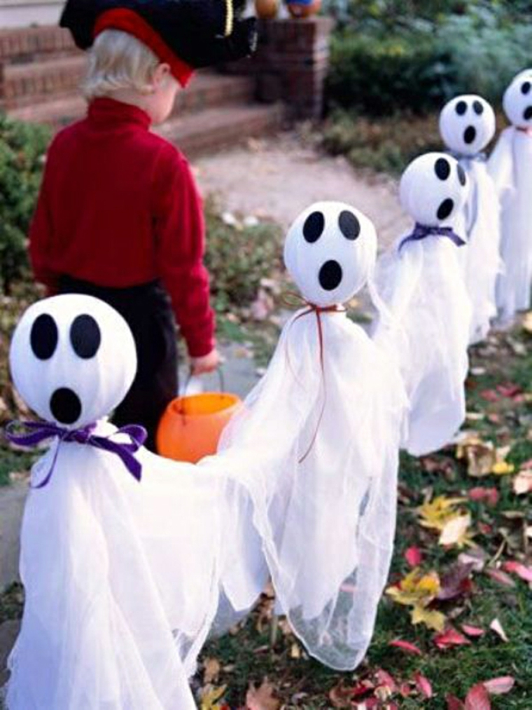 Scary Ghost Ideas for Halloween Decoration